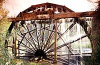 Waterwheel. Cabriel River. Casas del Río. Spain.