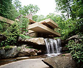 Fallingwater House (Kaufmann House). Frank Lloyd Wright, architect. Pennsylvania. USA
