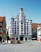 Market Place, Town Hall, Memmingen, Foreland of the Allgäu Alps, Bavaria, Germany