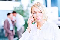 Geschäftsfrau Handy telefonieren