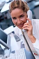 Geschäftsfrau Telefon telefonieren Porträt