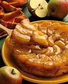 Tarte tatin and a few apples