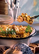 Rice with rabbit and egg crust