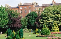 Merrion Square gardens. Dublin. Ireland