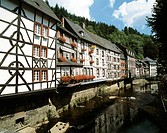 Germany, Monschau, North Rhine-Westphalia, half-timbered houses, Rur promenade