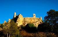 Castle and medieval walls (14th century). Calatañazor. Soria province. Spain