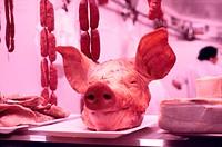Schweinekopf - Metzgerei - Spanien | Pig´s Head - Butcher´s Shop - Spain | fully-released