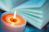 Coloured candle (thumbnail)