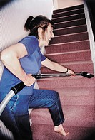 Woman doing her housework (thumbnail)