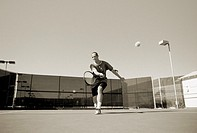 Tennis player playing tennis (thumbnail)