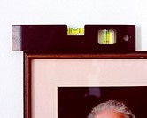 Spirit level on picture frame