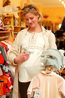 Woman, pregnant, business