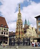 Geo., BRD, Bayern, Nürnberg, der ´schöne Brunnen´ auf dem Hauptmarkt,  WARNUNG! KEINE EXKLUSIVVERKÄUFE