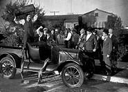 S/W Hardy, Oliver 18.1.1892 - 7.8.1957, US Schauspieler, Aufnahme mit Stan Laurel und James Finlayson zum Film: ´Big Business´ (1929), Auto, streit, z...