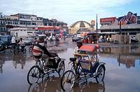 Cyclo drivers, Central Market, Phnom Penh, Cambodia