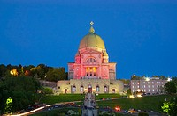St-Joseph's Oratory (Oratoire St-Joseph) after 9PM mass. Trails belong both to car traffic leaving the Oratory and worshippers holding votive candles....