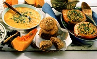Pumpkin-sauerkraut soup, pumpkin-nut flatbread, stuffed pumpkin