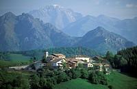 ganda small village, selvino, italy