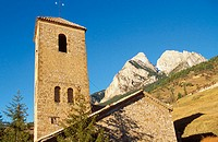 Church Saldes village. Massif Pedraforca (2497m) in Bergueda. Sierra del Cadí. Barcelona province. Cataluña. Spain