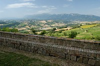 italy, marche, sibillini mountains, view from san ginesio