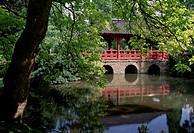 Leverkusen, Japanischer Garten/ Blick auf die Brücke