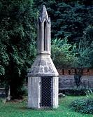 Schulpforta, ehemaliger Klosterfriedhof / Totenleuchte
