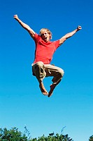 Young man jumping (thumbnail)