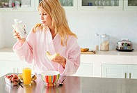 Woman having a healthy breakfast