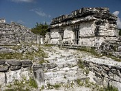 Ruinas del Rey (Ruins of the King) Maya archeological site (postclassic period, 1250-1521) near Cancún. Yucatán, Mexico