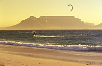 Bloubergstrand, view on Tafelberg and Table Bay, Western Cape, Capetown, South Africa