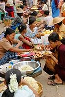 Food stalls. Monywa Market. Monywa. Myanmar (Burma).