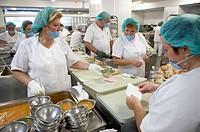 Serving line, kitchen. Hospital Universitario Gran Canaria Doctor Negrin, Las Palmas de Gran Canaria. Canary Islands, Spain