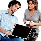 Young couple working on a laptop (thumbnail)