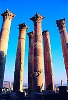 Columns of the Temple of Artemis, Jerash, Jordan (thumbnail)