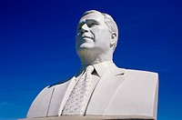 Bust of George Bush President´s Park South Dakota USA