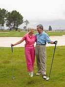 Golfing couple (thumbnail)