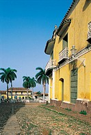 Trinidad, plaza Mayor, Romantic museum