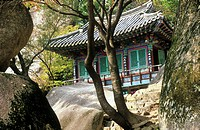 South Korea, Sorak mountains,  Kyejoam hermitage
