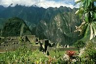 Inca-Ruins-at-Machu-Picchu,-Peru