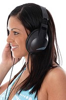 Woman listening to music on her headphone (thumbnail)