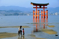 Floating Torii of Itsukushima Shrine, Miyajima. Japan