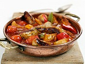 Pan-cooked vegetable and sausage dish