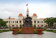 Vietnam, Ho Chi Minh City, Ho Chi Minh statue in front of City Hall