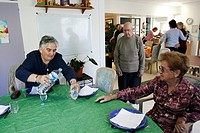 HOME FOR THE ALZHEIMER´S DISEASE<BR>Photo essay.<BR>AMISTA, and Alzheimer´s day center in Aubagne, France offers care for people with memory loss. Nov...