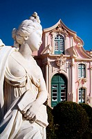 Queluz, Portugal: Classical female figure in the French-style formal gardens of the Palacio Nacional de Queluz. The Queluz Palace, an example of the r...