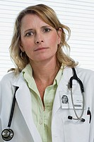 Female doctor (thumbnail)