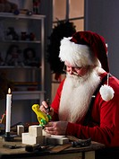 Santa Building Toy Duck