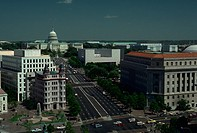 Overhead view of Pennsylvania Avenue leading to the U.S. Capitol in Washington, DC. - DA10209