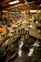 Bass Pro Shops Outdoor World, 300,000 sq. ft. outdoor recreational store- Hunting Hall & Waterfalls, Springfield. Missouri, USA