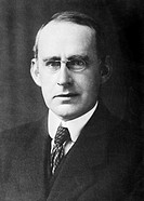 Arthur Stanley Eddington 1882-1944, British astronomer  Eddington pioneered the study of internal stellar structure  He theorised an upper limit on th...